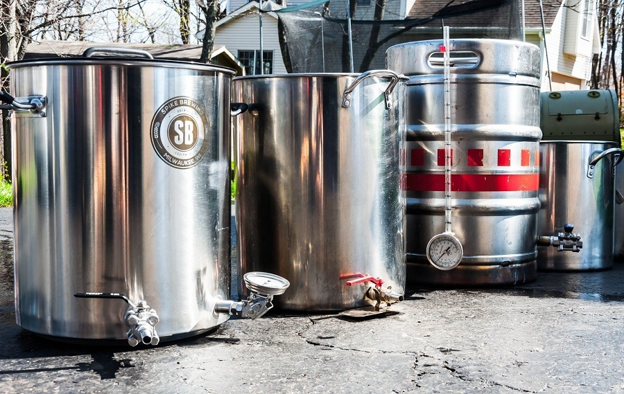 A Complete Guide To Finding The Best Brew Kettle Out There